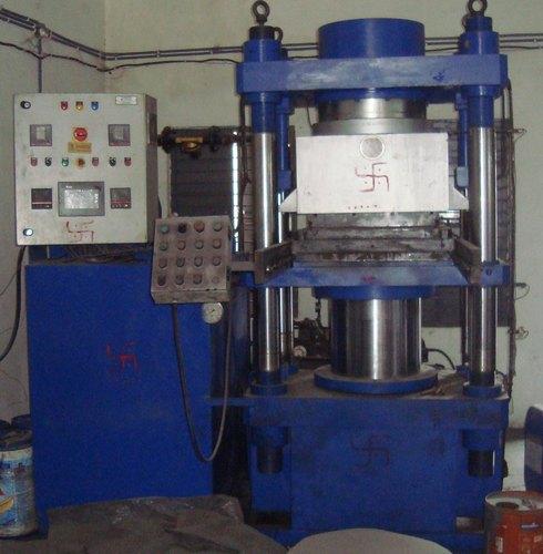 two-layer-rubber-compression-molding-machine-500x500